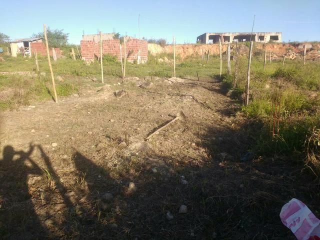 Terreno ( Fundo da creche em construção , com quatorze topo de laje feitas) - Foto 4