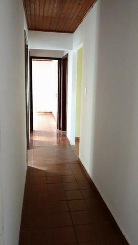 Vendo casa em excelente localização! - Foto 6