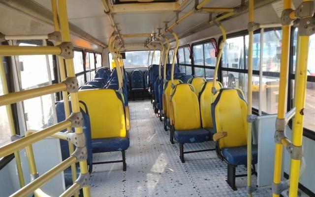 Ônibus Urbano, Micrão Mercedes OF1418, ano 2008 - Foto 6