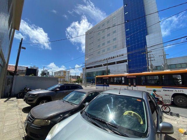 Imóvel comercial em Olinda composto dois amplos salões e 6 salas em avenida principal - Foto 20