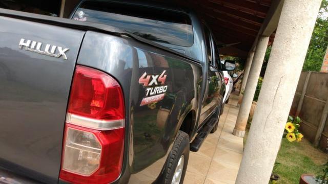Camionete Hilux - Foto 4
