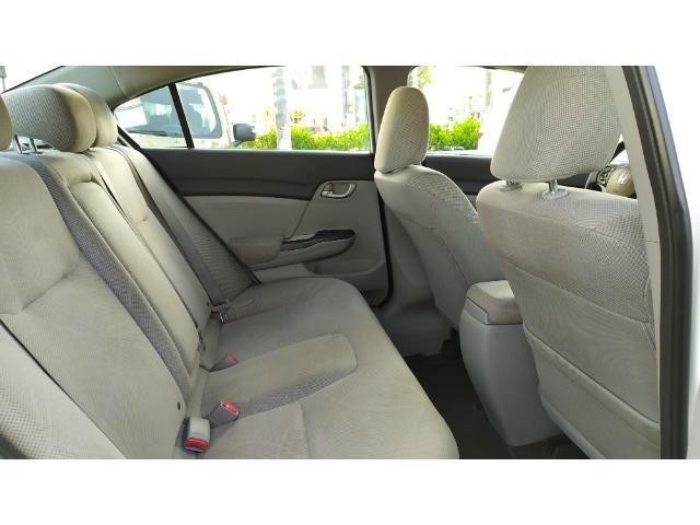 Civic Sedan LXS 1.8 Flex Mec. 4P - Foto 4