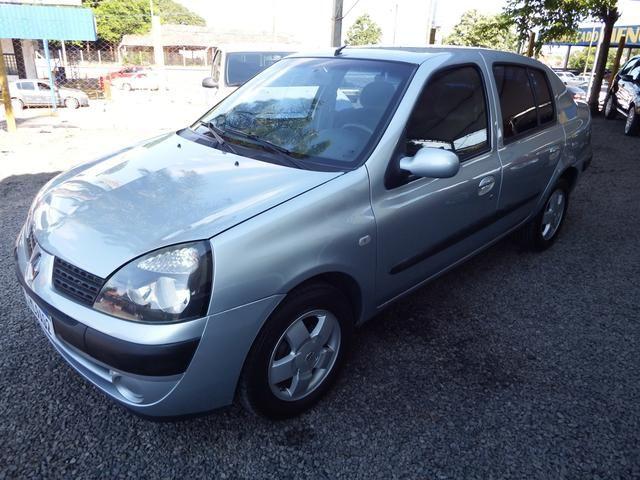 Clio sedan Privilege 1.0 completo ano 2005 - Foto 3