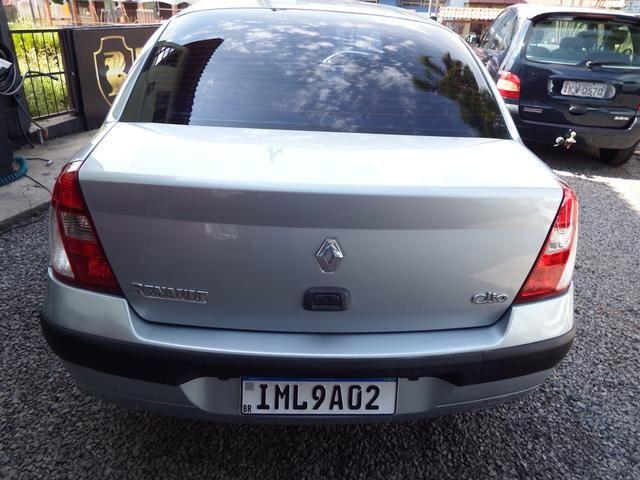 Clio sedan Privilege 1.0 completo ano 2005 - Foto 6