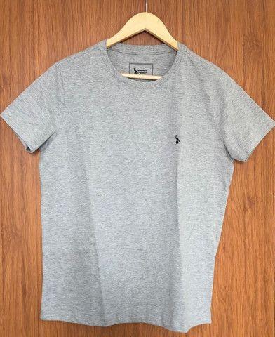 4 camisetas básicas - Foto 4