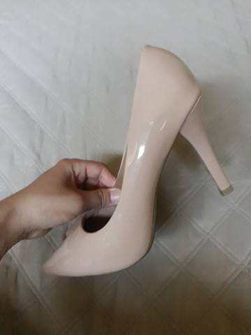 Sapato Scarpin Bico Fino Rosê - Foto 4