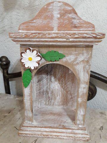 Oratório madeira de demolição  - Foto 2