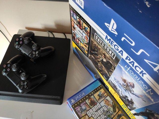 Playstation 4 1TB Semi-Novo com jogos  - Foto 3
