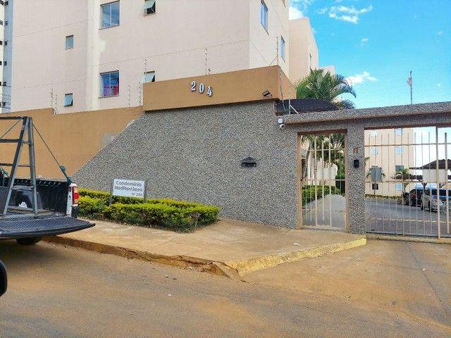 Apartamento mobiliado 2/4 com suíte 3° andar