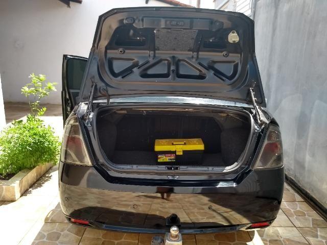 Fiesta sedan 2012/2013 - Foto 4