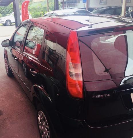Fiesta 1.0 Flex 4ptas 2006 - Completo, carro bem conservado! - Foto 2