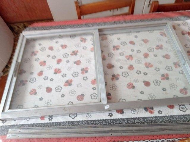 Portinhas de vidro e alumínio - Foto 3