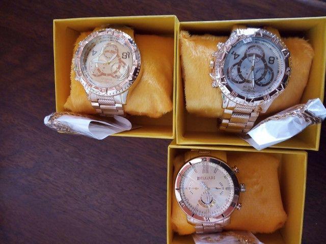 Vendo kit com relógio e pulseira - Foto 2