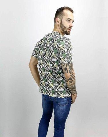 camiseta masculina  - Foto 3