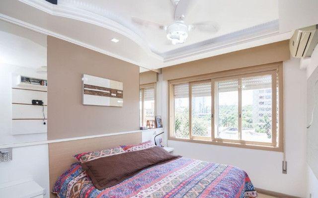 Cobertura de 203 m2 , com 3 quartos e 2 vagas em Petrópolis - Foto 11