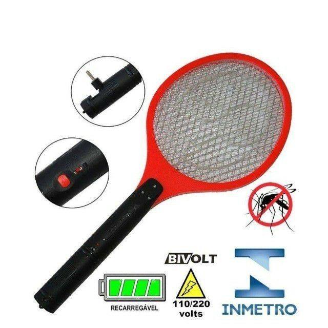 Raquete Elétrica Recarregável Bi-volt Mata Mosquito<br><br>