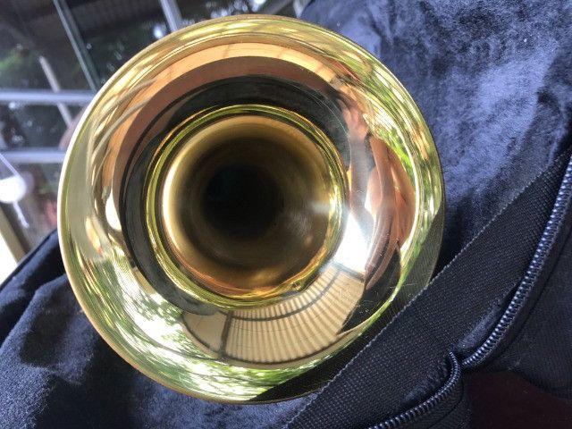 Trompete Shelter usado - Si Bemol Laqueado Dourado + Estojo - Foto 4