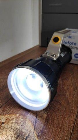 Lanterna Holofote Recarregável Super Forte - Foto 2