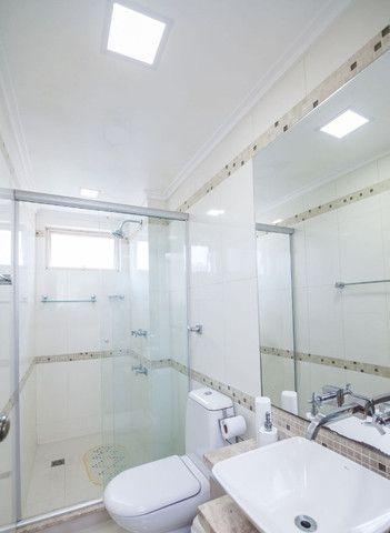 Cobertura de 203 m2 , com 3 quartos e 2 vagas em Petrópolis - Foto 12