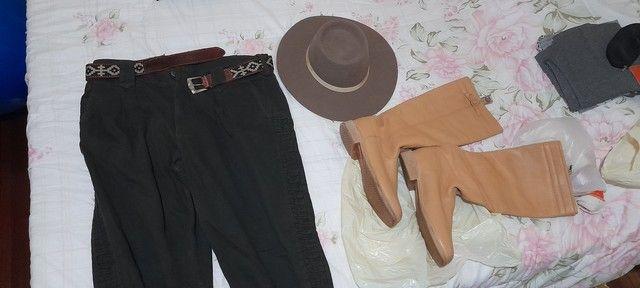 Kit bombacha chapéu e bota