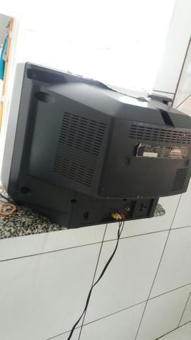 Televisão 21 polegada