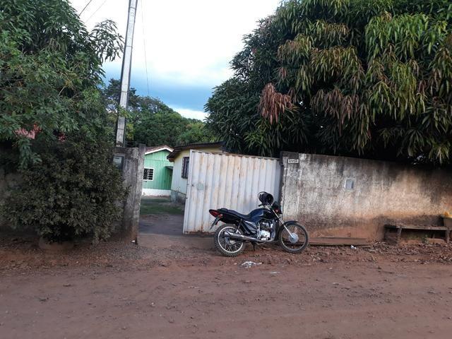 Vendo duas casas no mesmo terreno 75 mil iteresado chama no zap 992125887