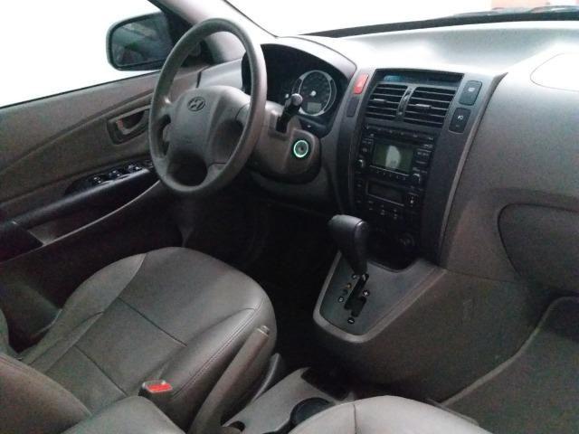 Hyundai Tucson raridade aceito carro ou moto maior ou menor valor e financio - Foto 11