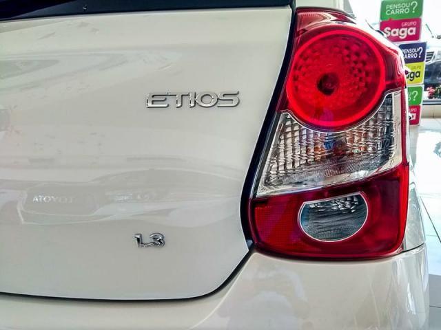 TOYOTA ETIOS HATCH X 13L AT 19/20 - Foto 12