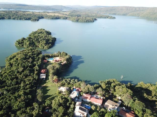 Vende-se as Margens do Lago Corumbá Linda Chácara Mobiliada - Foto 11