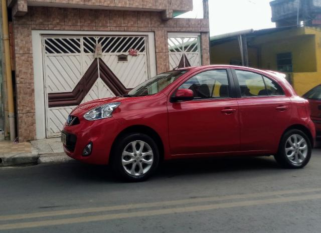 Carro Nissan march - Foto 2