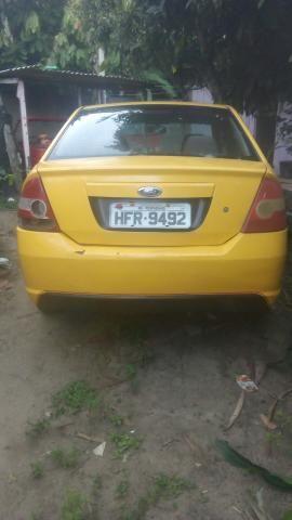Fiesta sedan 1.6 Zetec Rocam 7.000 - Foto 5