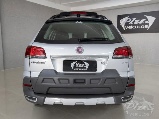 Fiat Palio Weekend ADVENTURE 4P - Foto 9