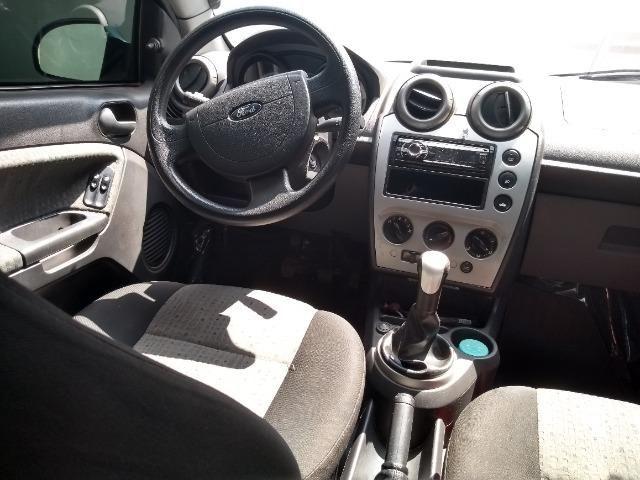 Fiesta sedan 2012/2013 - Foto 2