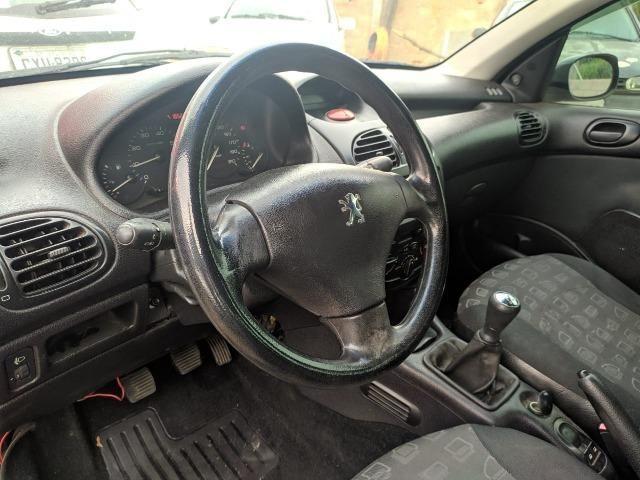 Peugeot 206 1.6 Presence 16V Flex 4P Manual - 2005 - Foto 6