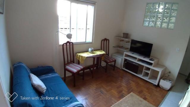 Excelente quarto e sala no Catete!