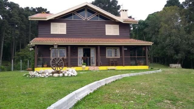 Chácara com 64.208m², com 2 casas a 4 km do Centro de Balsa Nova