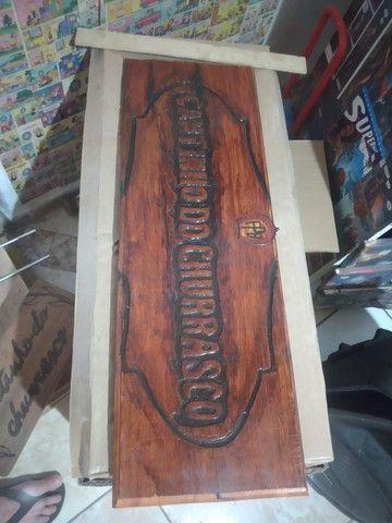 Entalhes em madeira comaru maciça 1,10 x 25 cm - Foto 3