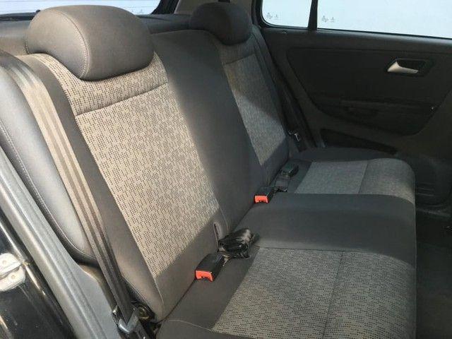 Volkswagen FOX 1.0 MI 8V TOTAL FLEX 4P - Foto 16