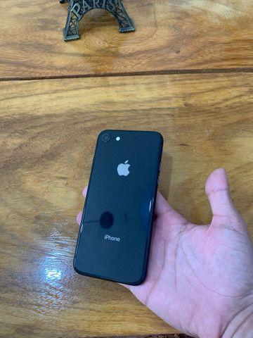 IPhone 8 NOVO - Foto 2