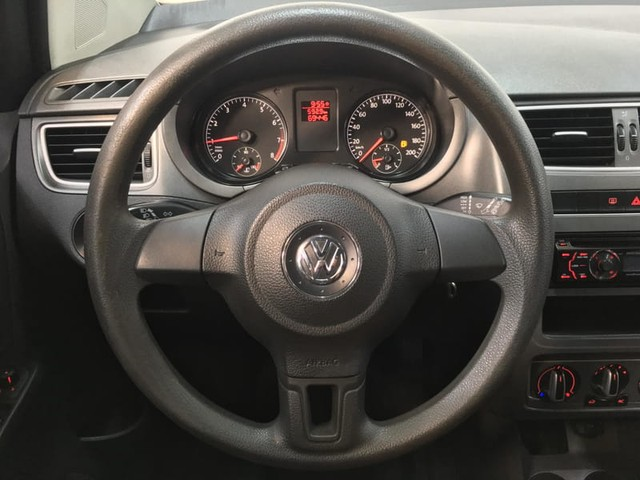 Volkswagen FOX 1.0 MI 8V TOTAL FLEX 4P - Foto 7