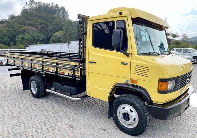Caminhão mb 710 ano:1998 único dono  - Foto 2