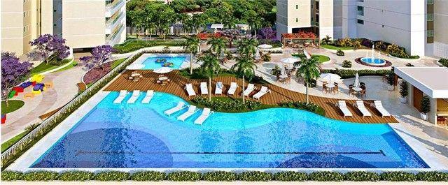 Apartamento com 3 dormitórios à venda, 112 m² por R$ 753.000,00 - Guararapes - Fortaleza/C