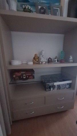 Conjunto móveis  prateleira, rack, criado e aparador cor Fendi