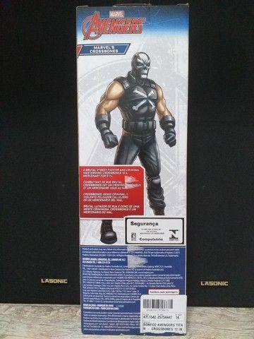 Boneco Ossos Cruzados Vingadores Marvel Titan Hero Series - Foto 2