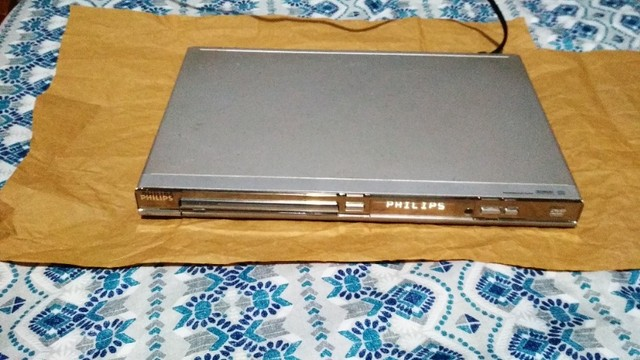 Aparelho De Dvd Player Philips Dvp3020/78 Slim - Foto 3