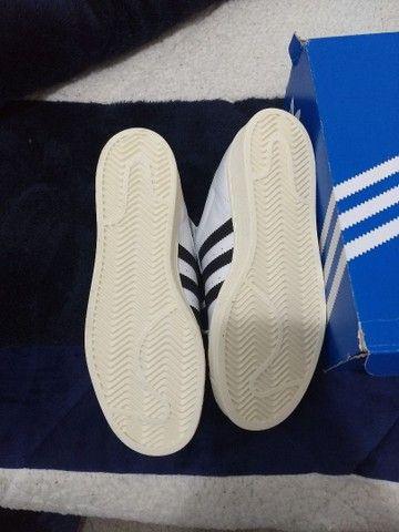 Tênis Adidas original em couro legítimo - Foto 3