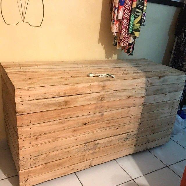 Vendo Baú de madeira
