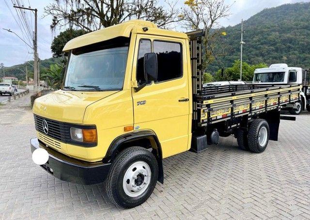 Caminhão mb 710 ano:1998 único dono