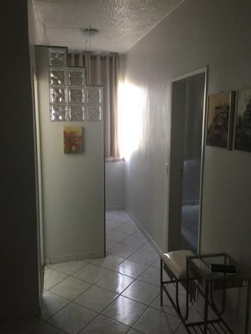 Apartamento quarto sala com vaga de garagem Bairro República R$ 160 mil