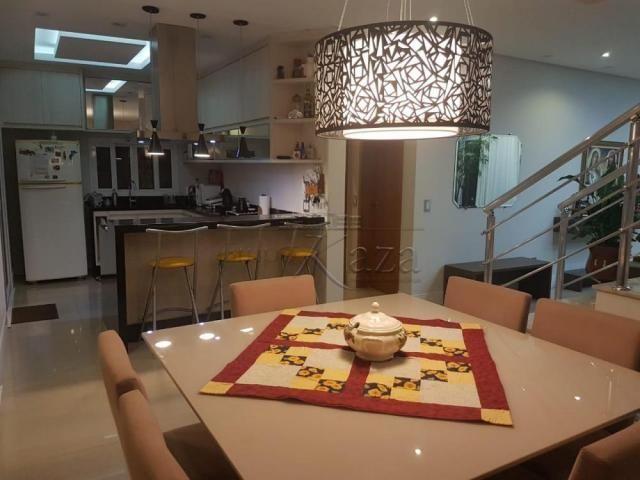 Casa de condomínio à venda com 4 dormitórios cod:V29644LA